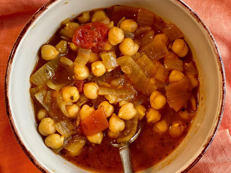 Anti-Viral, Immune-Boosting Greek Chickpea Soup