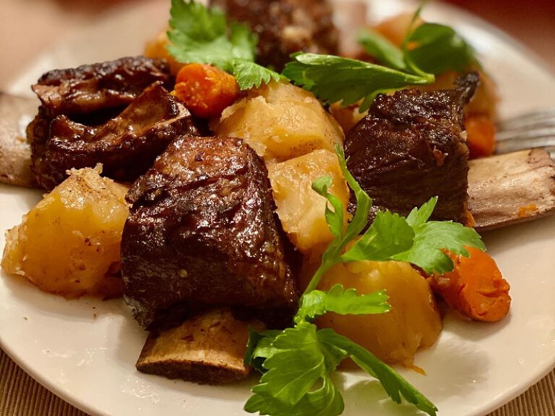 Tender Juicy Short Ribs Slowly Braised in Red Wine Sauce for 2.5 Hours in VitaClay