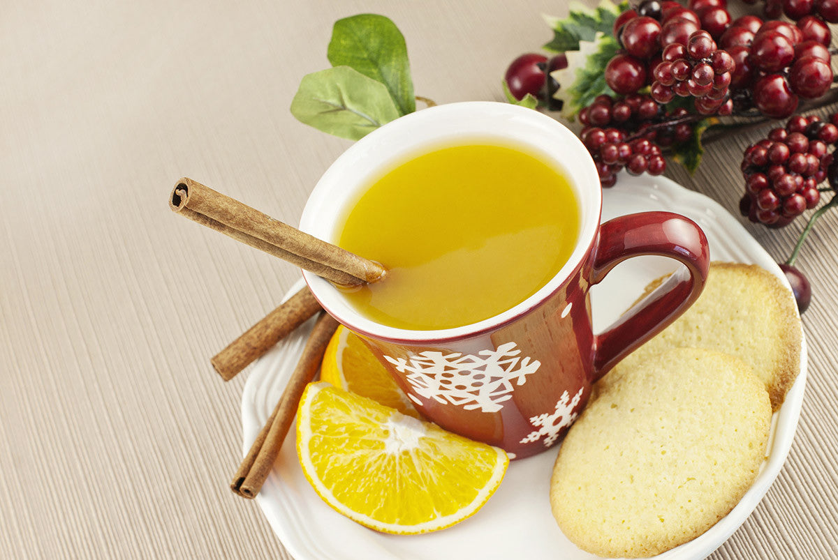 Holiday Drink Recipes: Tart, Sweet and Festive Hot Wassail Punch