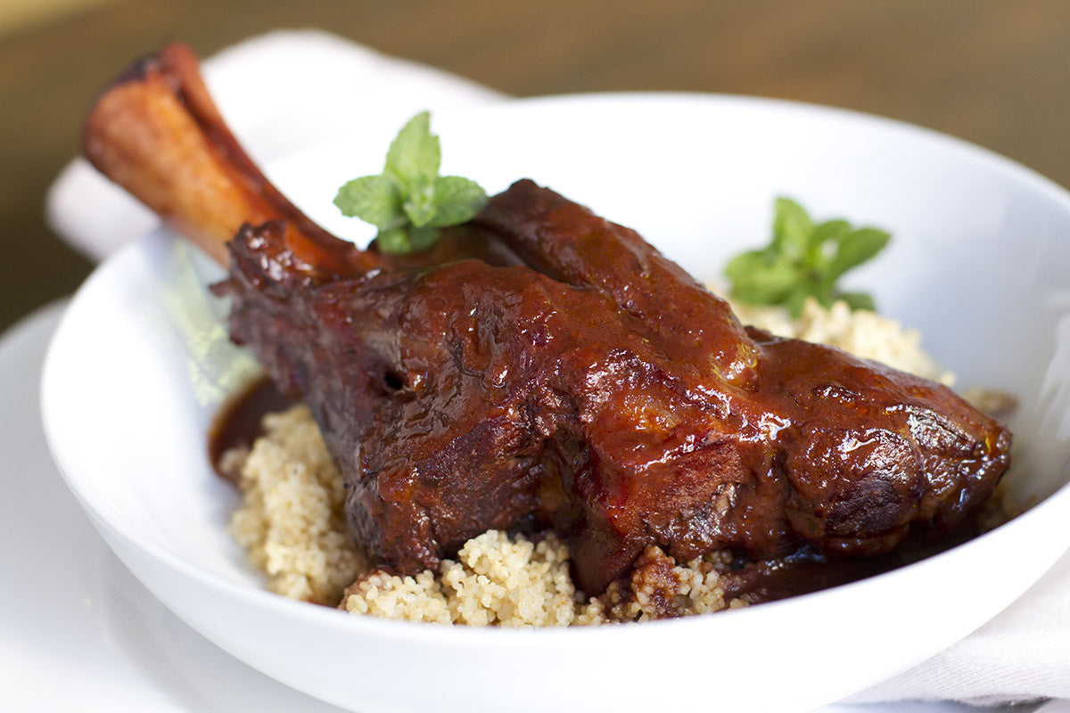 Clay Pot Slow Cooked Lamb Shanks: Tender and Juicy!