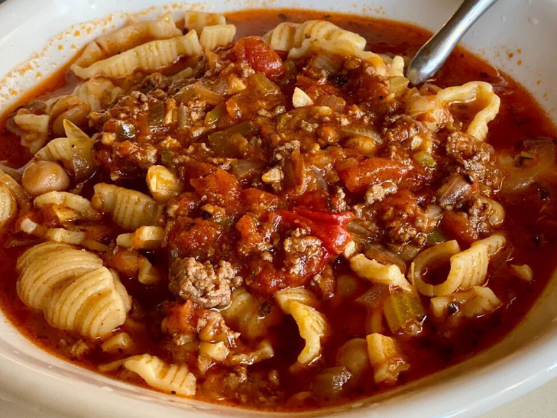 Quick, easy, Yummy One-pot Artisan pasta conchiglie soup in CALABRESE-STYLE MEAT SAUCE