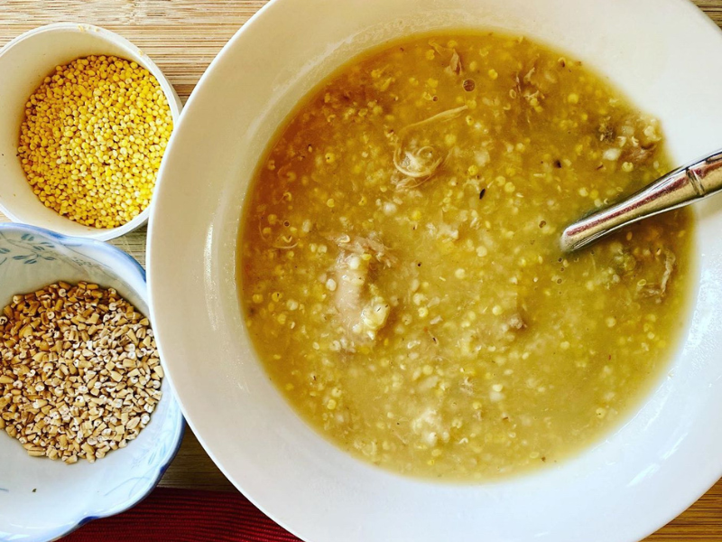 1-Hour Nutrient-Dense Millets Oats and Lentil Soup/Porridge in Clay