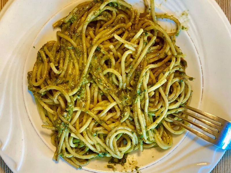 3-Ingredient Healthy, Satisfying Pesto Pasta Cooked in VitaClay in Just 30 Minutes