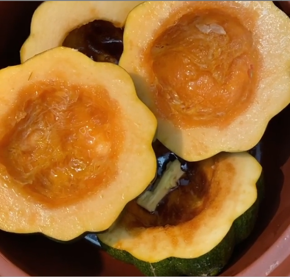 Easy Crockpot Recipe: Acorn Squash