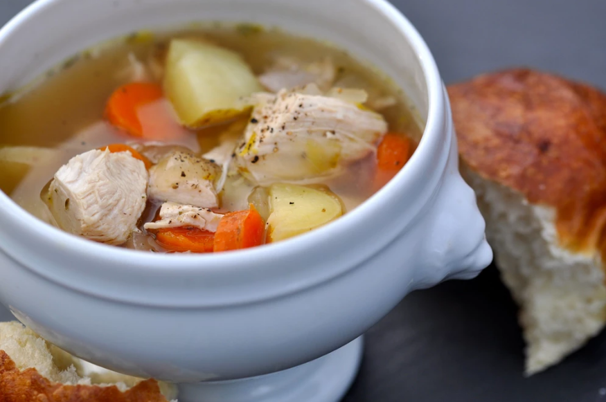 DISCOVER HOW VITACLAY SLOW COOKER CAN DO THE TRICK TO SATISFY YOUR SOUP CRAVING! 12 BEST CHICKEN SOUP RECIPES