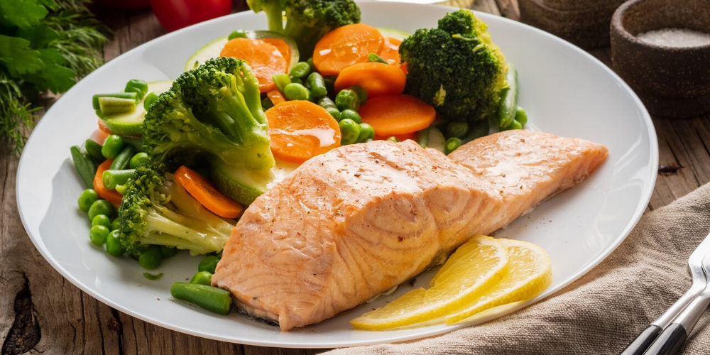 Easy 30-Minute Salmon & Broccoli with Lemon Herb Sauce in Best Slow Cooker