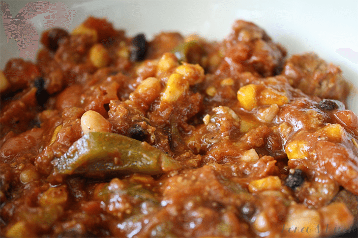 From our Fans: Kitchen Sink Chili (Traditional Chili Recipe)