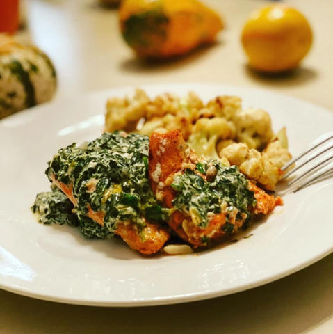 STEAMED SALMON WITH SPINACH CREAM CHEESE AND CAULIFLOWER