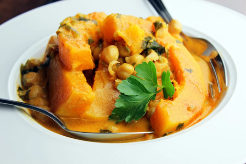 CURRIED BUTTERNUT SQUASH QUINOA WITH GARBANZO BEANS
