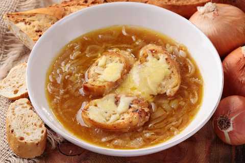 BEST SLOW COOKER FRENCH ONION SOUP