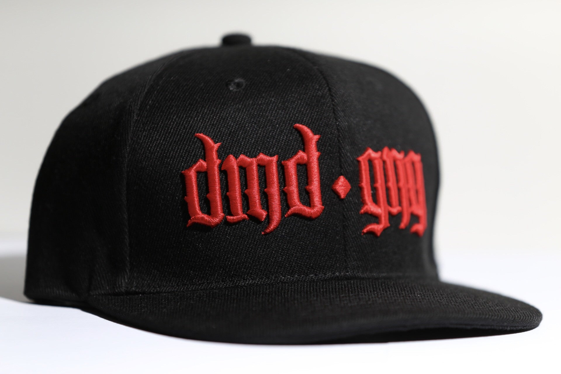 DMDGNG SNAPBACK - BLACK & RED-Diamond Gang