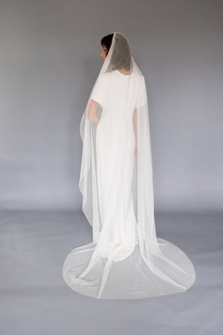 oval shaped wedding veil melinda rose design