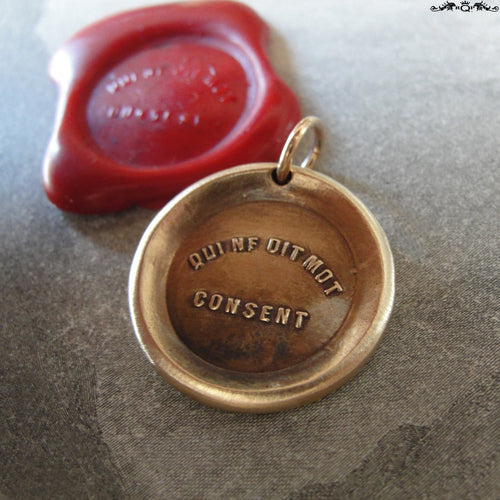 Silence Gives Consent Wax Seal Charm - antique wax seal charm jewelry - French motto quote proverb pendant - RQP Studio
