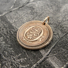 Load image into Gallery viewer, Wax Seal Charm Initial O - wax seal jewelry pendant alphabet charms Letter O - RQP Studio
