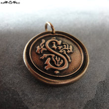 Load image into Gallery viewer, Wax Seal Charm Initial S - wax seal jewelry alphabet charms Letter S - RQP Studio