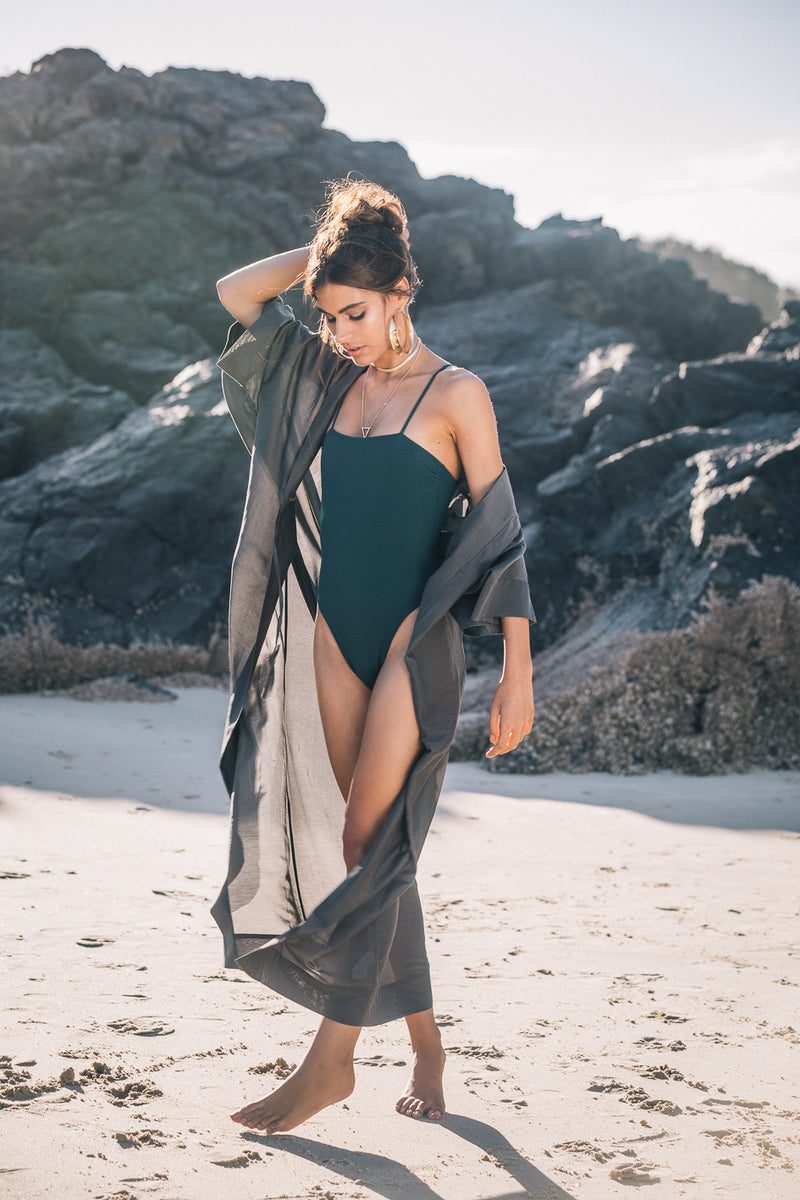 The Ollie in Charbon de Bois - Robes - Robe Clothing - Get Robed