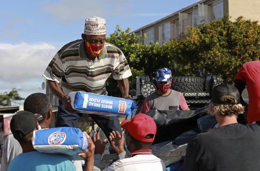 Rival Gangs In South Africa  Come Together To Provide Food To The Poor During Covid-19