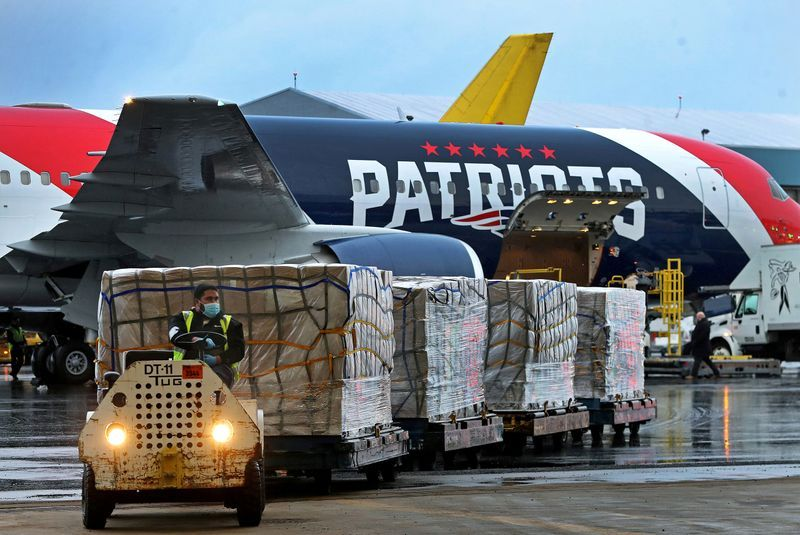 The New England Patriots Owner Sends 300, 000  Surgical Masks Delivered from China to NYC Amid Covid-19 Crisis