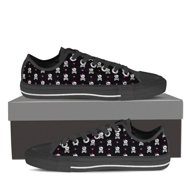 Low Top Women's Skulls Shoes