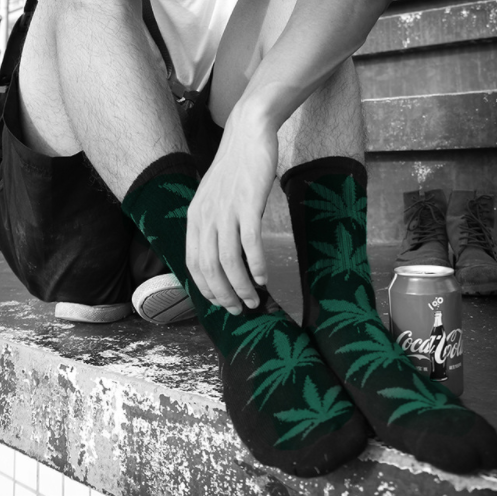 Men & Women Cannabis Socks Giveaway