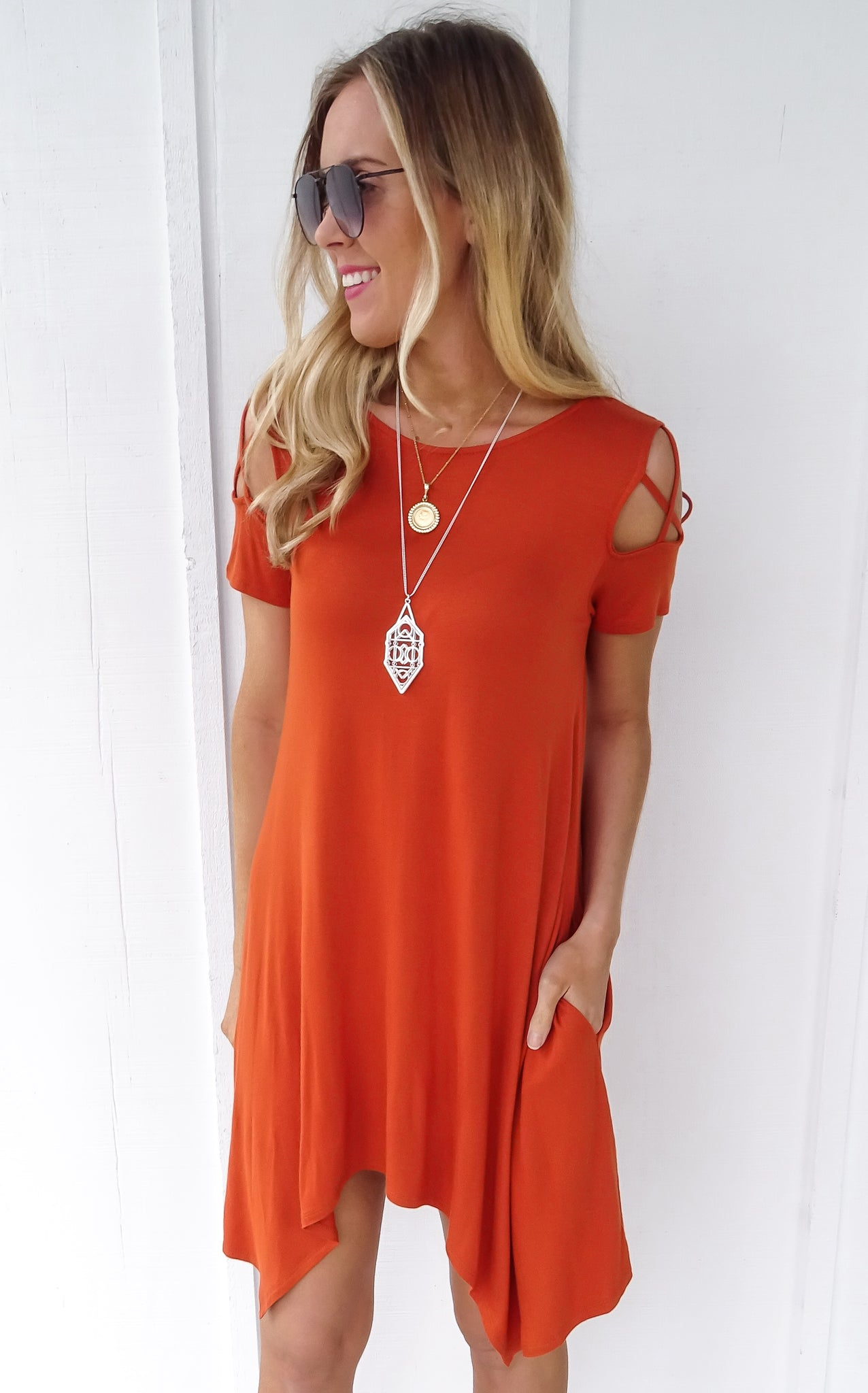 WEBBED SLEEVE SWING DRESS - ORANGE