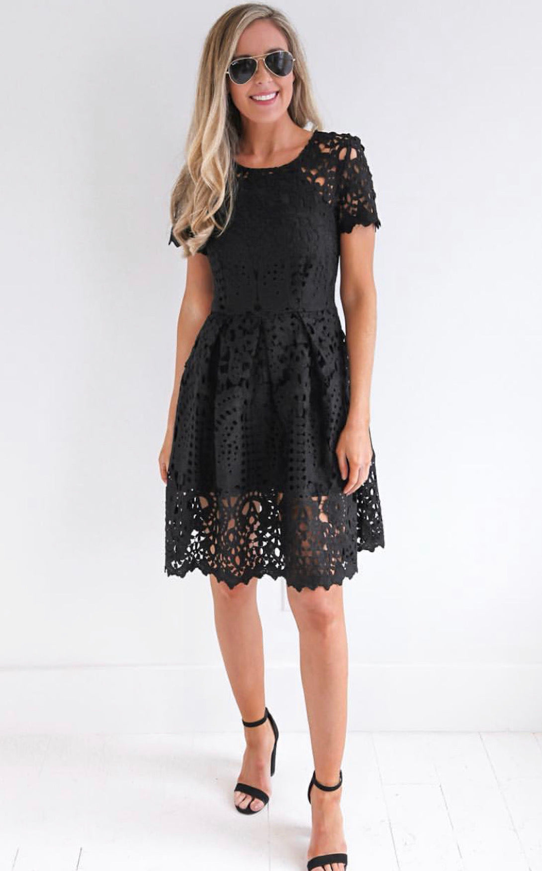 LAURA LACE DRESS