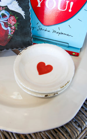 RED HEART DISH - INCLUDES ADDITIONAL SHIPPING