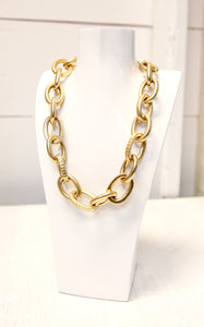 LINKIN CHAIN NECKLACE - GOLD