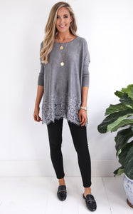 DOVE LACE TOP