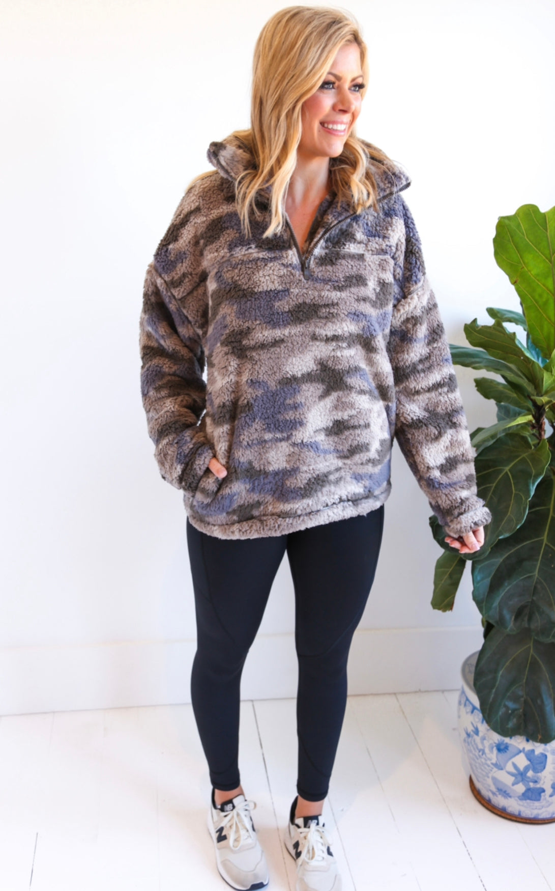 ELLE LAIN - DUSTY CAMO PULLOVER