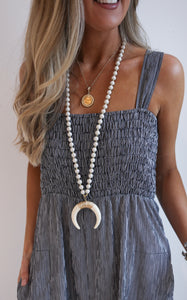 LONG CRESCENT NECKLACE - CREAM