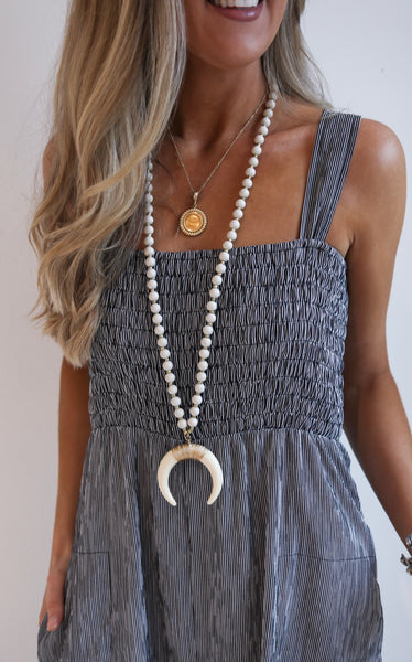 LONG CRESCENT NECKLACE - BLUSH