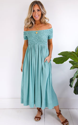 SCRUNCH DRESS - SAGE GREEN
