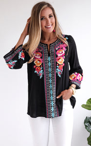 FIESTA BELL SLEEVE TOP
