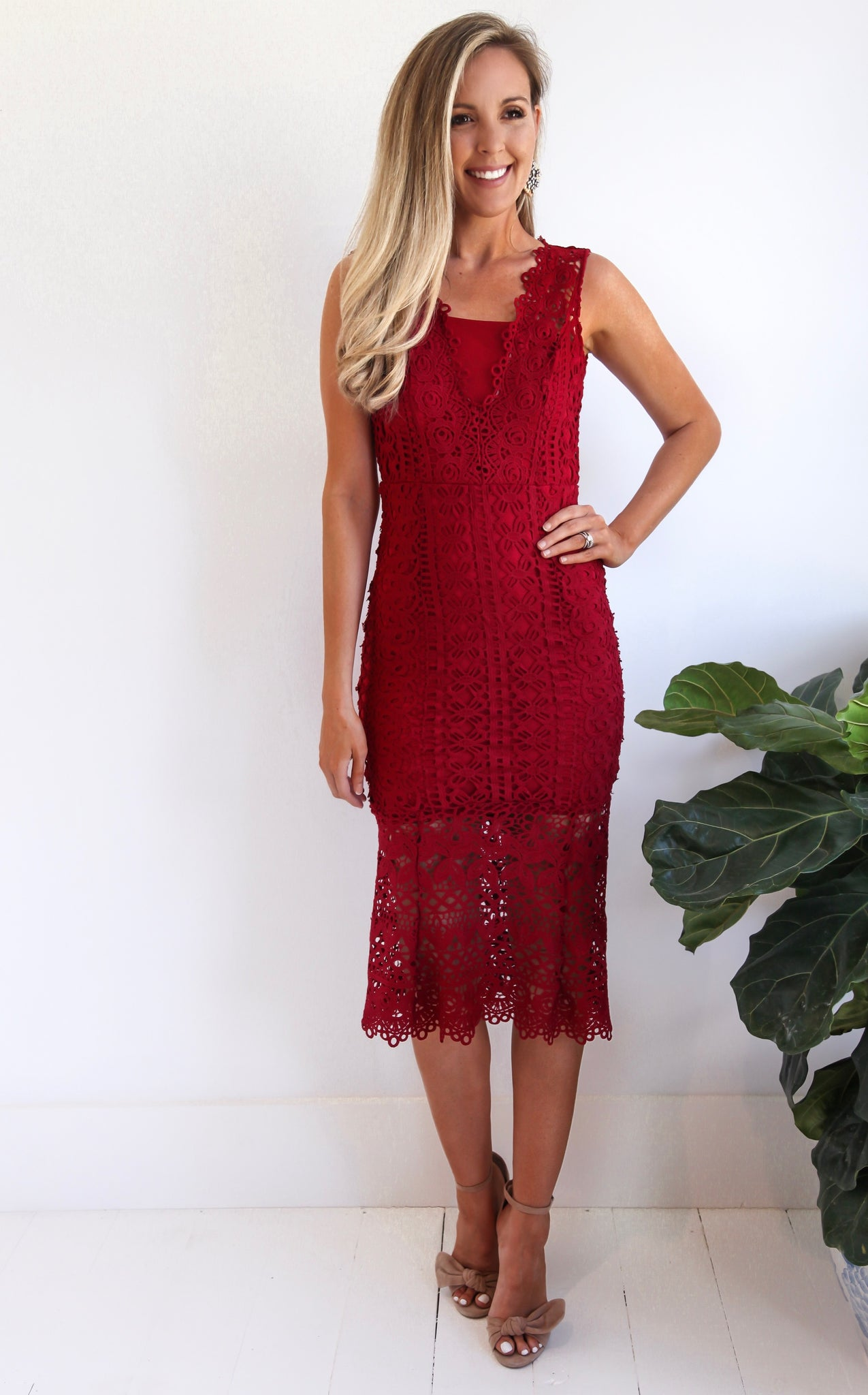 ELLE LAIN - DIANA LACE DRESS