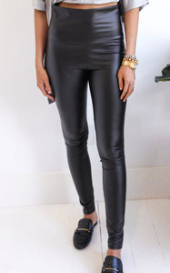 HIGH WAIST LEATHERETTE LEGGING