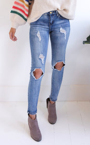 ELLE LAIN - SIMPSON DISTRESSED JEANS