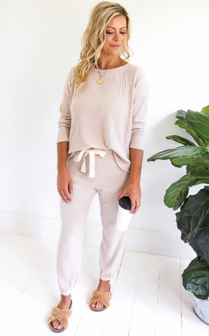 COZY RIBBED JOGGER - OATMEAL