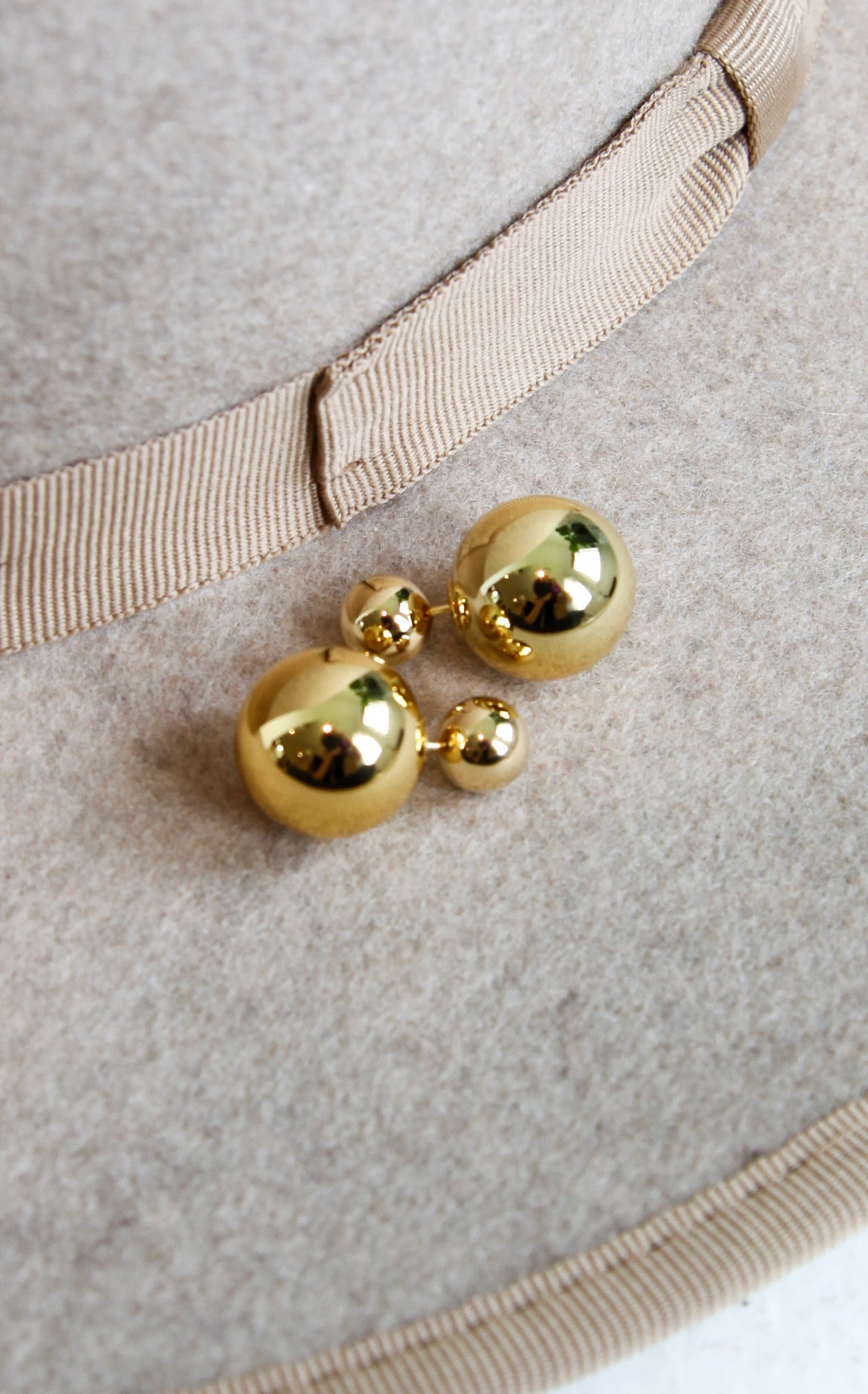 DOUBLE BALL STUDS - GOLD