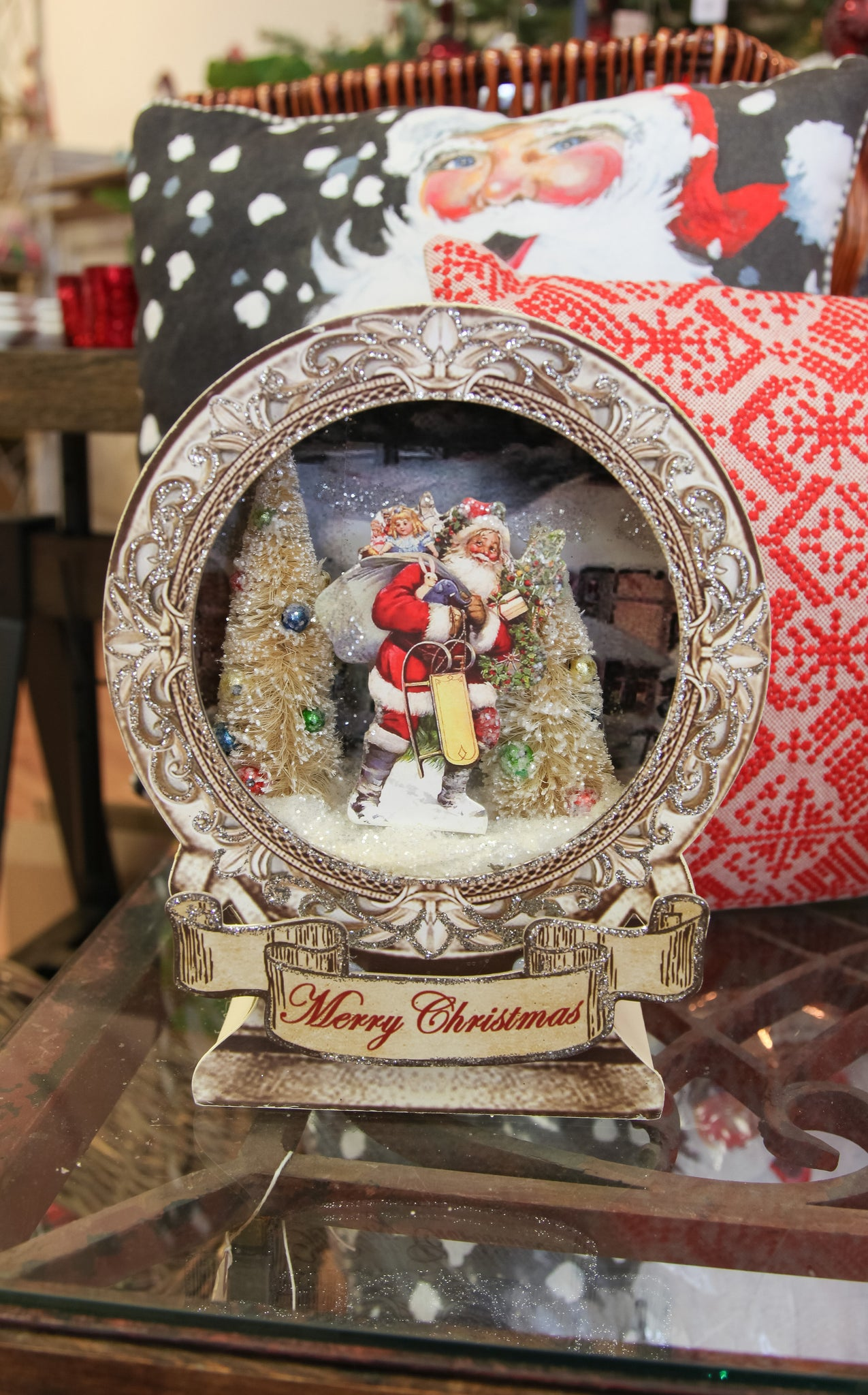CHRISTMAS MUSIC BOX - CREAM - ADDITIONAL SHIPPING INCLUDED