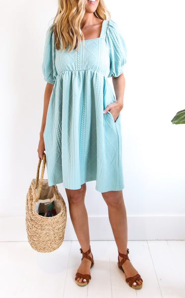 LADY CABLE DRESS - SAGE