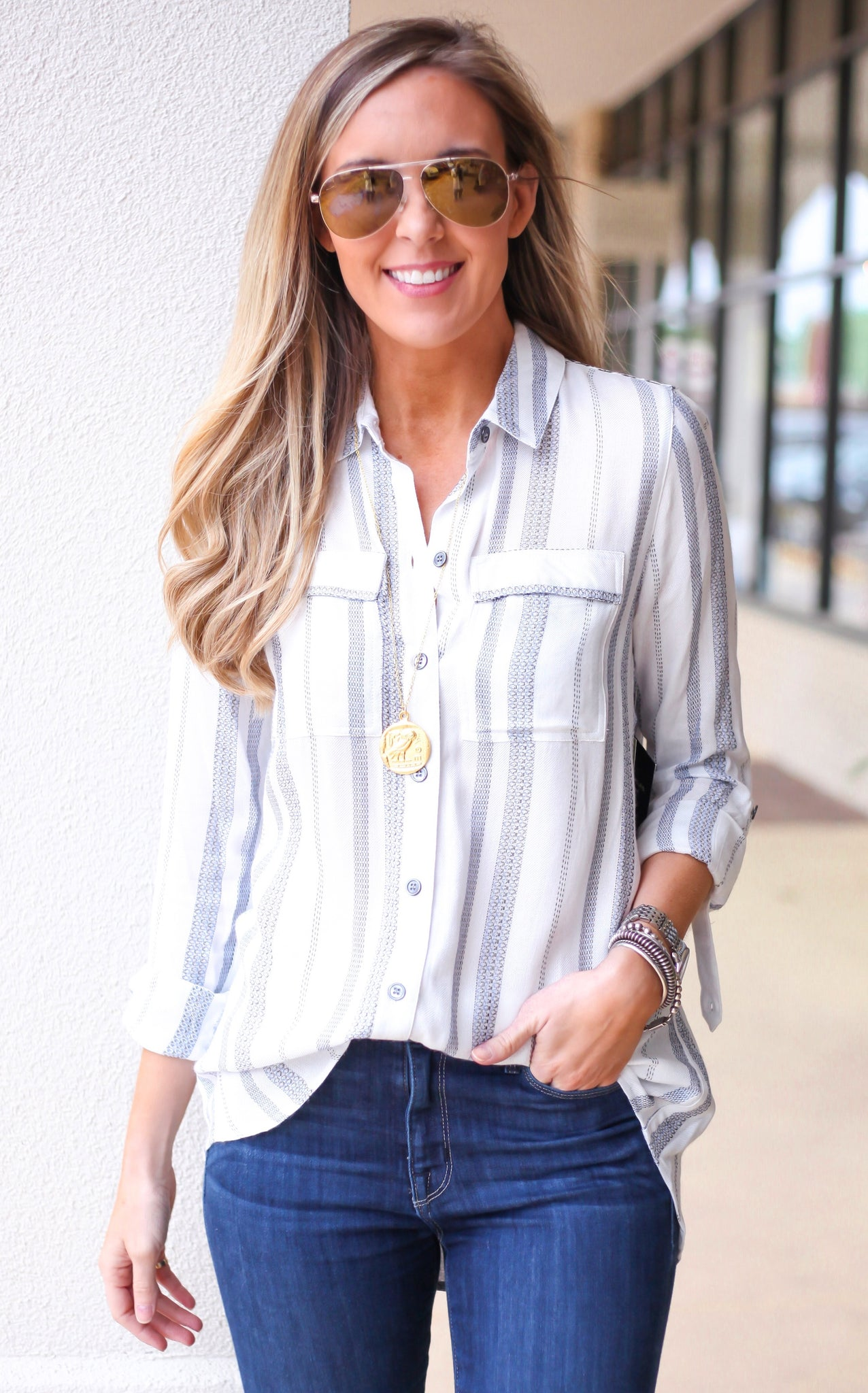CHELSEY BUTTON DOWN