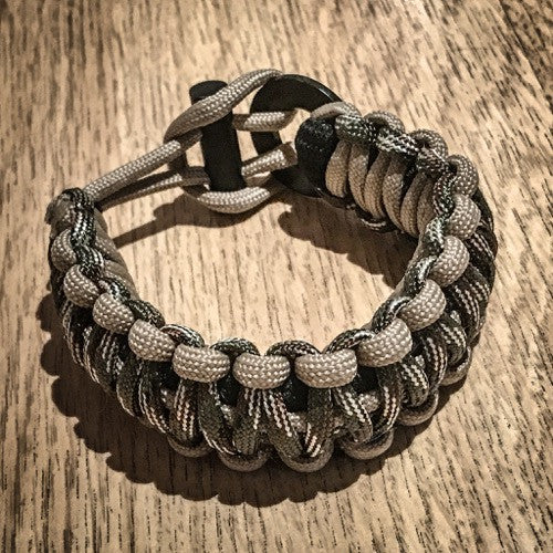 Grit Paracord Rescue Bracelet - The Ultimate Plan B