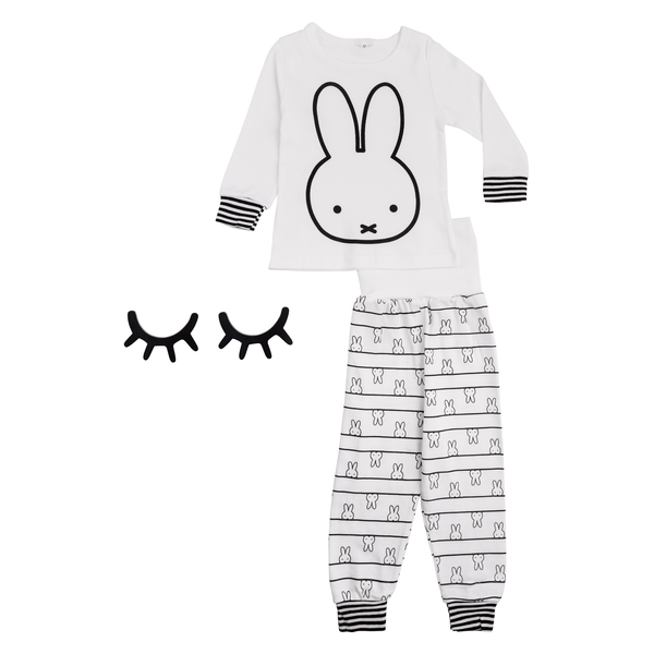 Cozy Bunny Graphic Sleepwear