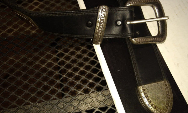 BILLY BELTS RARE VINTAGE LEATHER AND HARDWARE  NEW  SIZE 30 MADE IN US