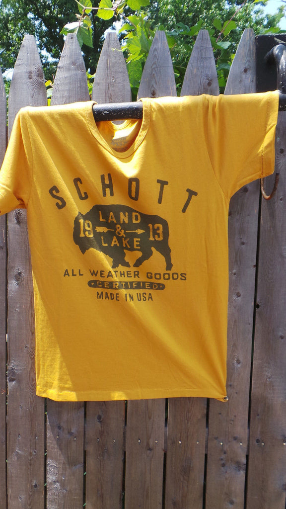 SCHOTT NYC NEW T- Shirt Made in usa RARE ITEM    100% Cotton  S/S