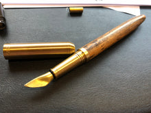 Blade nib fountain pen