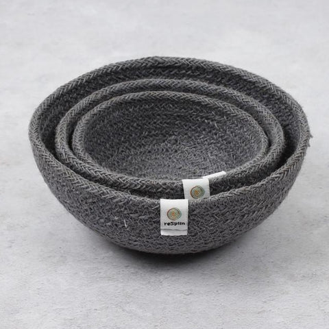 Set f 3 grey jute baskets