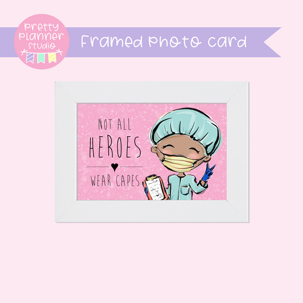 Medic Heroes | framed photo card - horizontal | male medic | F-0803
