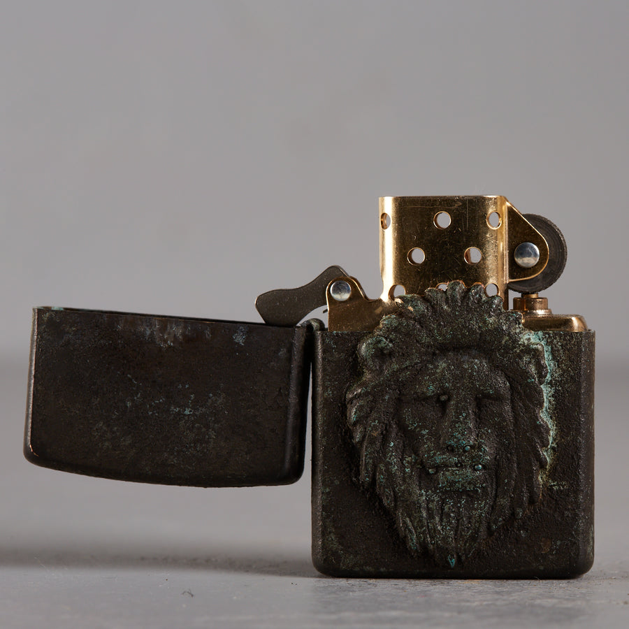 Hartaufhart Zippo Lighter Vintage Lion King